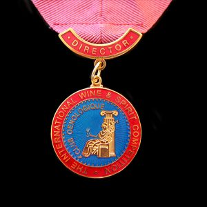 IWSC-34mm-Gold-Enameled-Directors-Medal-v2