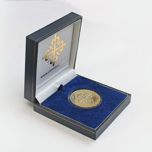 Best Blogger commemorative coin - 38mm gold Minted Commemorative Coin with a presentation case - by Medals UK